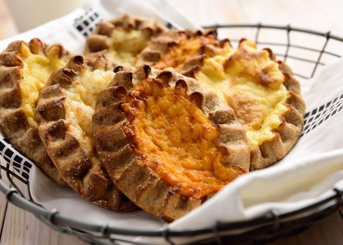 Финские блюда: пирожки - продаются везде и стоят не дорого