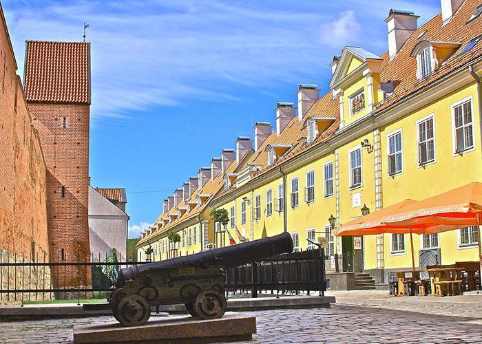 Достопримечательности Риги: якобинские казармы