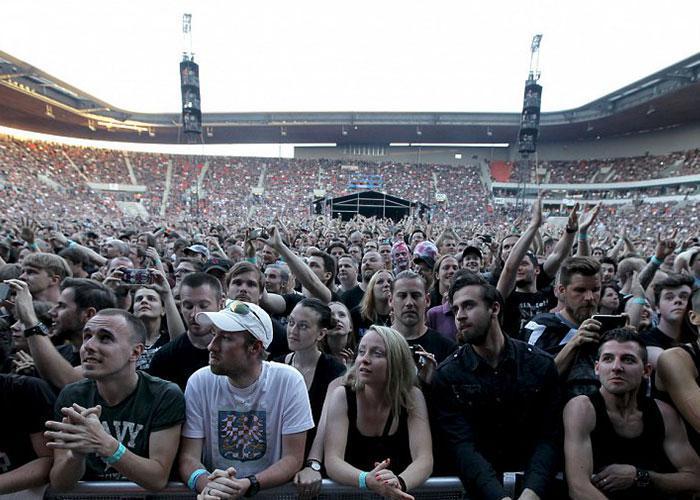 Как доехать на концерт Rammstein? Конечно с МузТур!