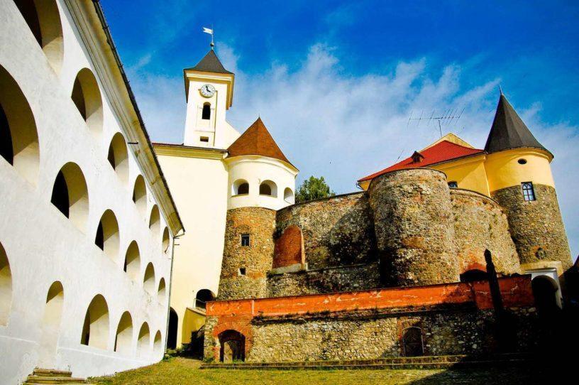 Карпаты Замок Поланок
