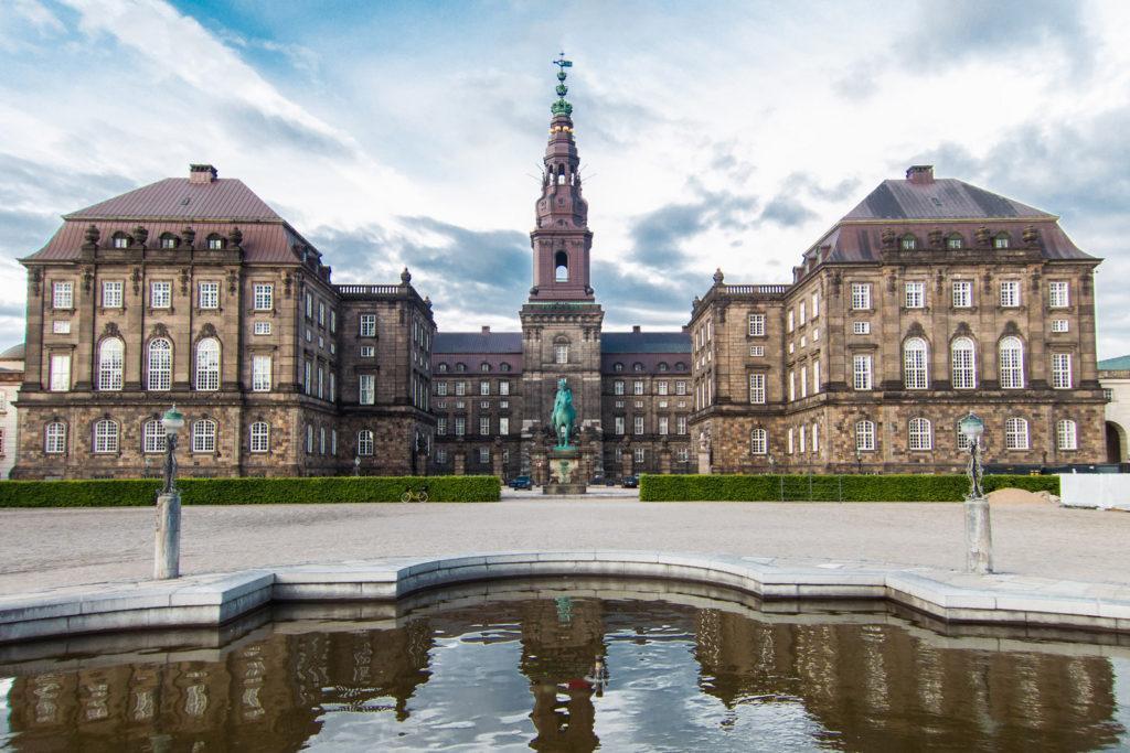 Копенгаген дворец Кристиансборг