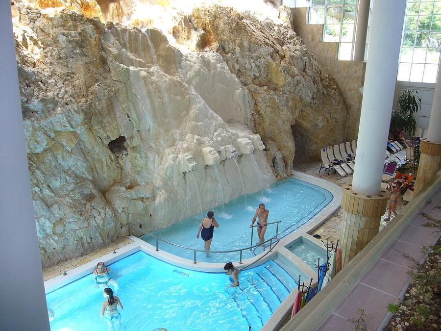 купальни в Мишкольц-Тапольце
