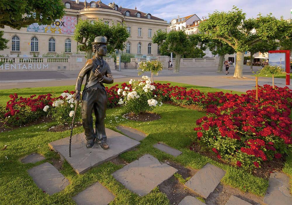 Памятник Чарли Чаплину в Веве