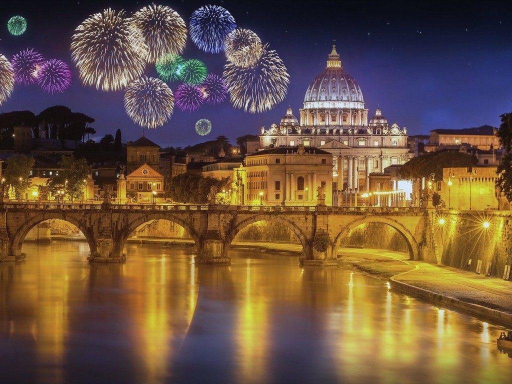 Новогодний салют в Риме